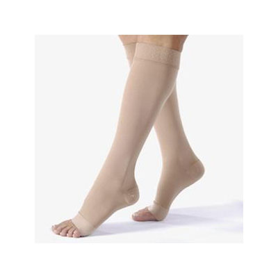 Jobst® Relief Knee High 15-20 mmHg