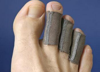 https://woundcare.healthcaresupplypros.com/buy/traditional-wound-care/elastic-bandages-cohesive-wraps/tubular-bandages/silverlon-easy-ag-tubular-digits-sleeves